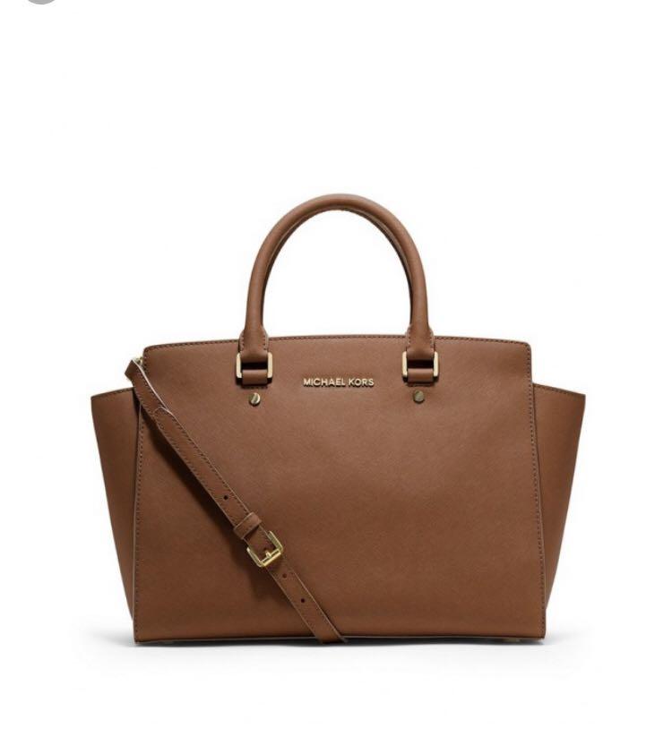 185dd50cadc6e0 Michael Kors Selma Medium, Luxury, Bags & Wallets, Handbags on Carousell