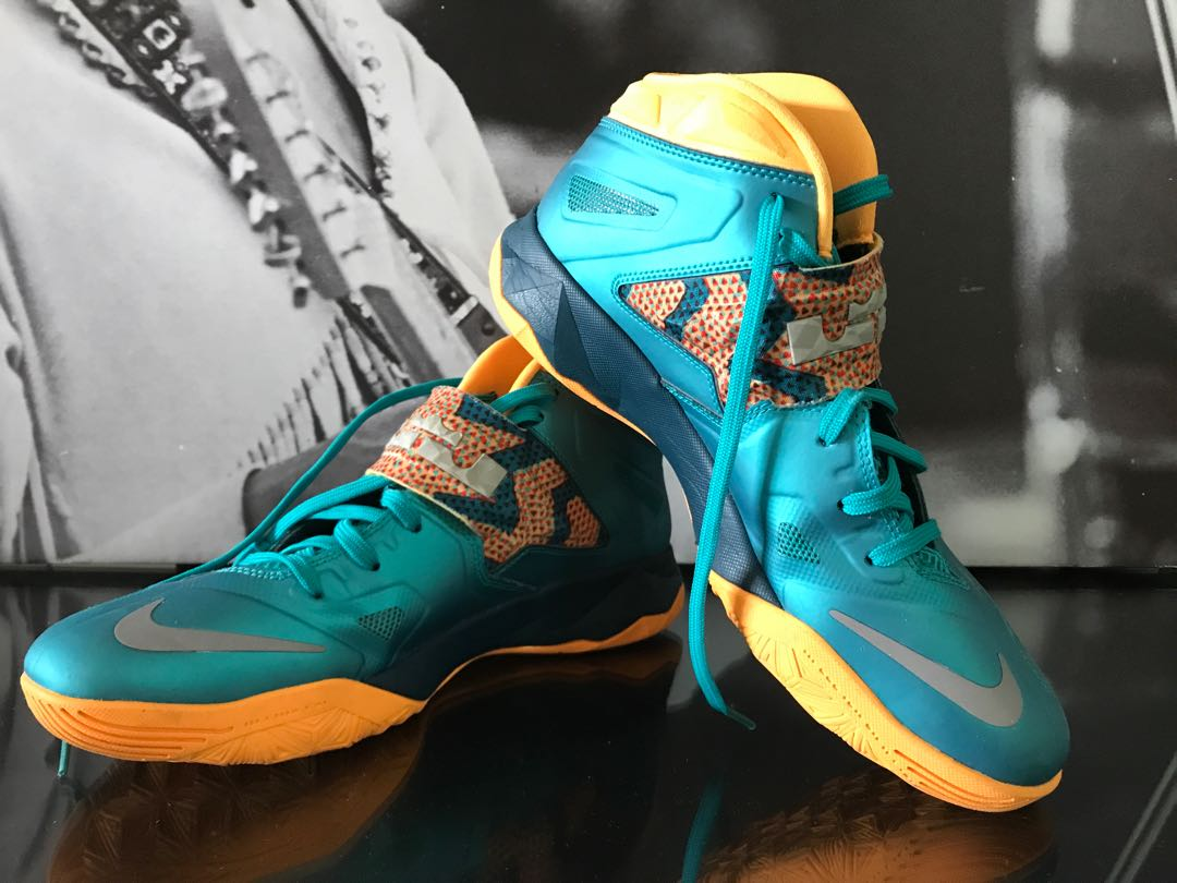 d5d239abe3a4 Nike Lebron James