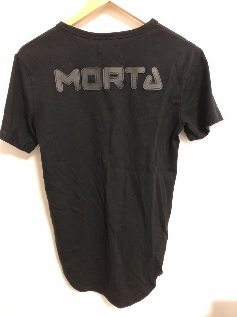 Saint morta logo black scooped hem men's tee size S
