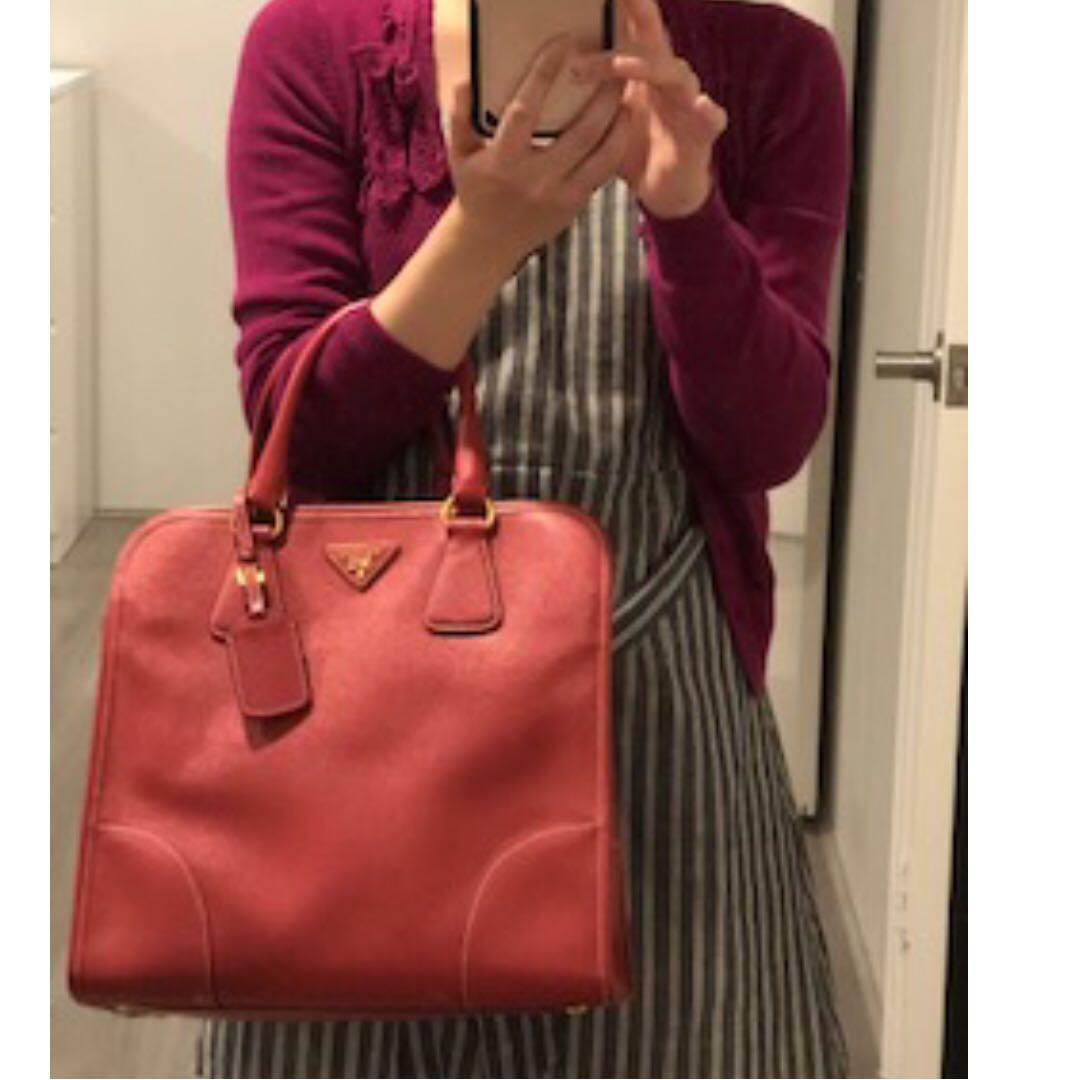Special Edition PRADA Saffiano Lux Shopping Tote in Fuoco Red