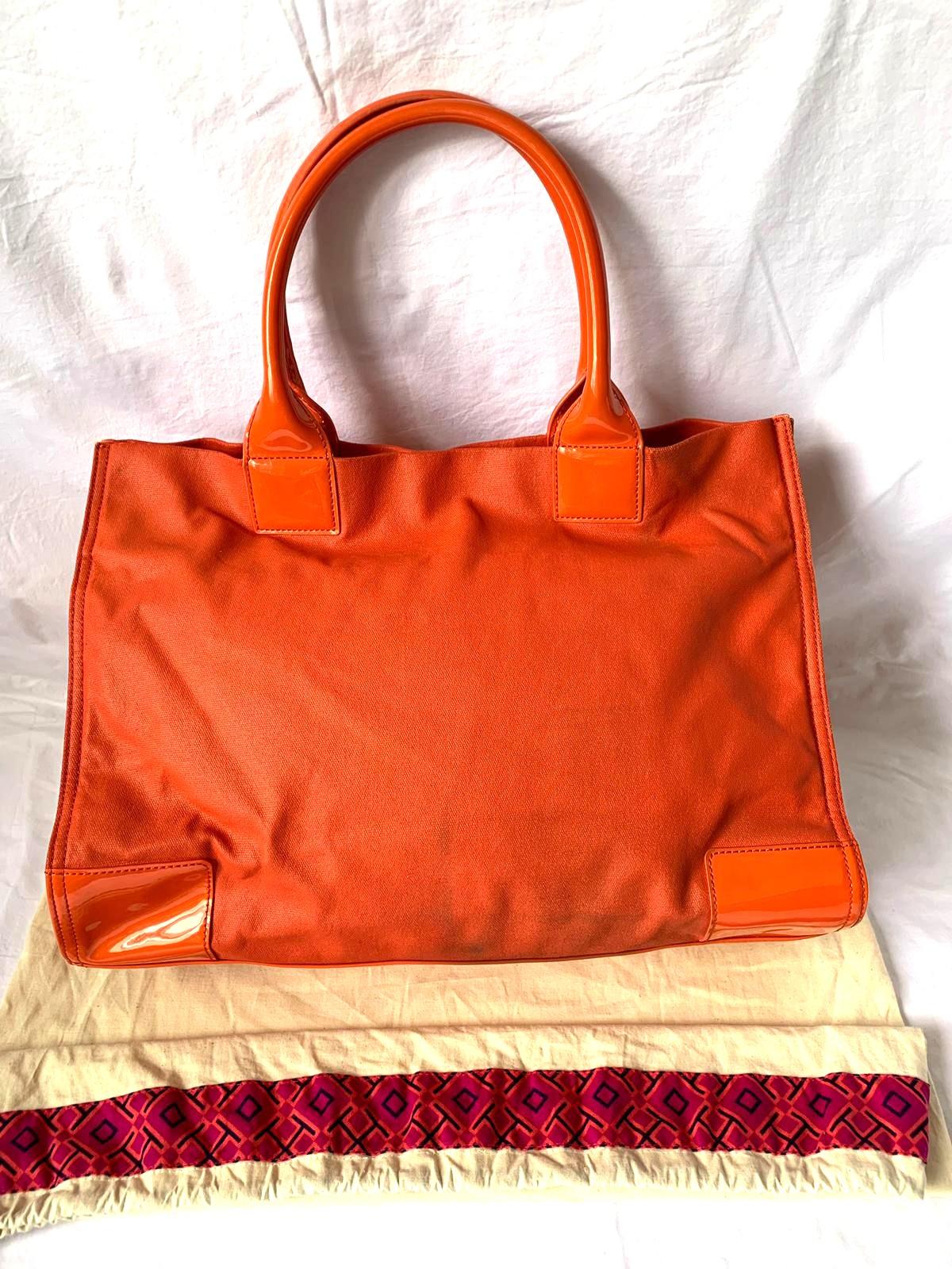 b6ee2608be56 Tory Burch Tote Bag