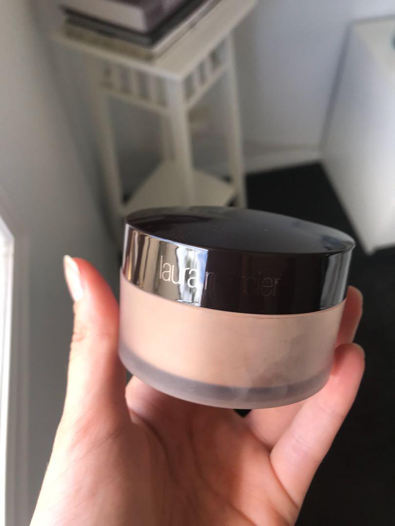 Translucent loose setting powder - Medium Deep