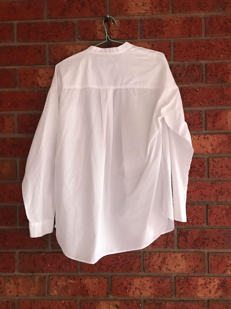 Uniqlo white shirt size S