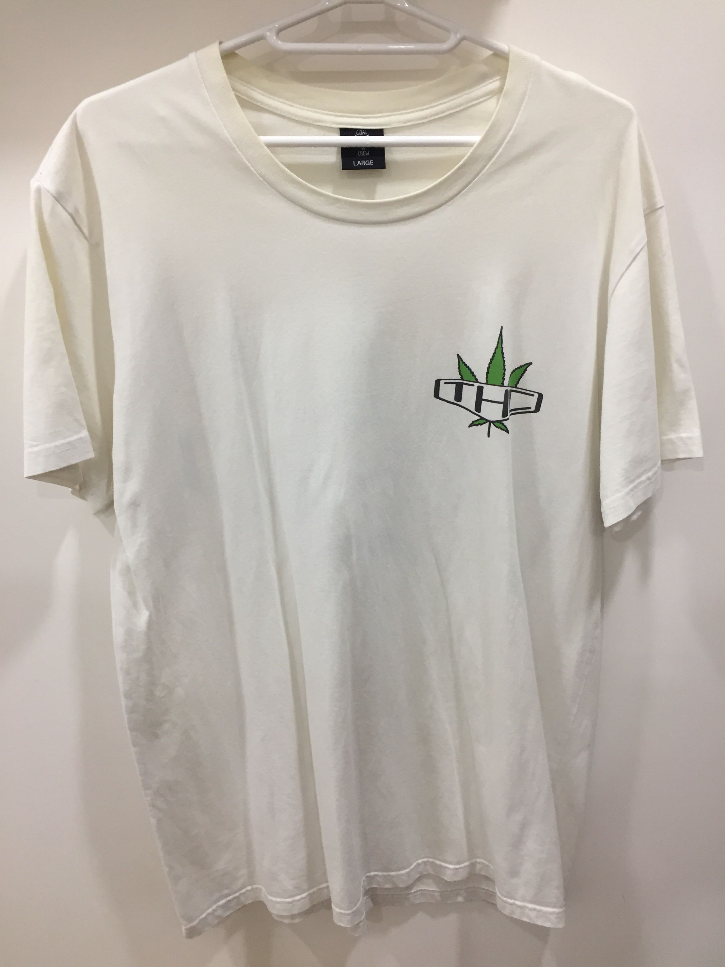 3bf5cc306275 White Baggy T-Shirt, Women's Fashion, Clothes, Tops on Carousell