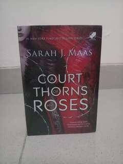 Novel A Court of Thorns and Roses NEW AND SEALED