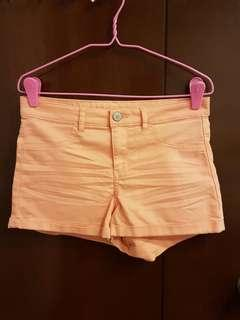 🚚 H&M coral high waisted shorts