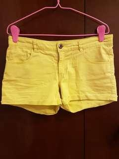 🚚 H&M Yellow Shorts