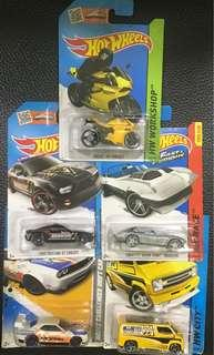 Hot wheels 5 cars in cards