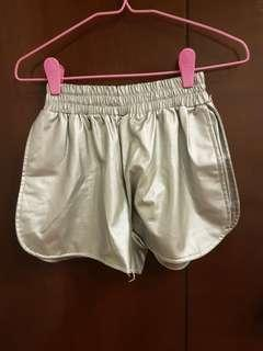 🚚 Silver Metallic Elastic Shorts