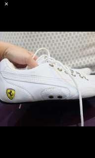 6 USA Puma Ferrari Women