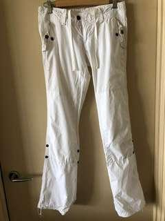 American Eagle white cotton pants, size 6-8