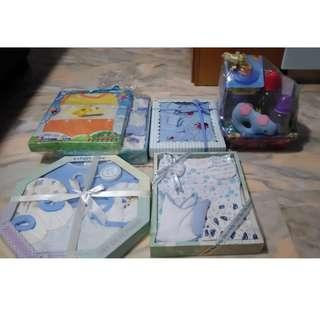 New born baby gift sets for Sale