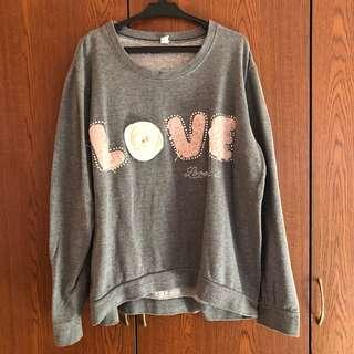 Gray Pull-over / Sweater