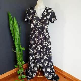 Women's size 10 'HERE COMES THE SUN' Gorgeous floral print maxi dress - AS NEW