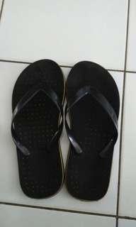 #momjualan sandal jepit