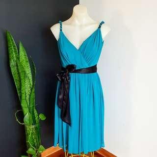 Women's size 6 (6-8) 'SHEIKE' Stunning turquoise, black ribbon belt tea dress - AS NEW