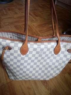 For sale! authentic quality LV Neverfull damier azure bag MM suze