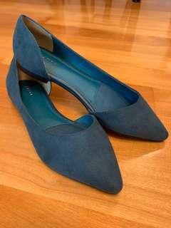 全新尖頭平底鞋 (GREEN flat shoes)