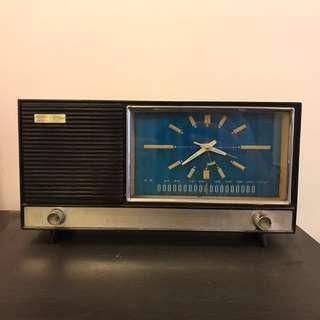 上海鑽石牌80年代收音機鐘(Vintage/Antique)