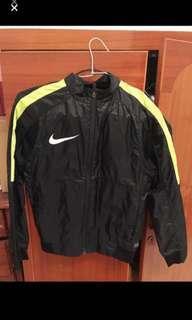 Nike防風外套