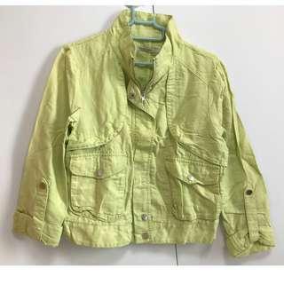 淺芥末黃型格外套