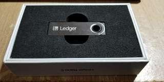 New LEDGER NANO S for Cryptocurrency Storage