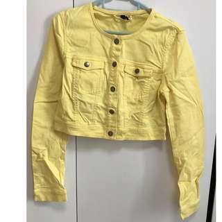 黃色型格開胸外套