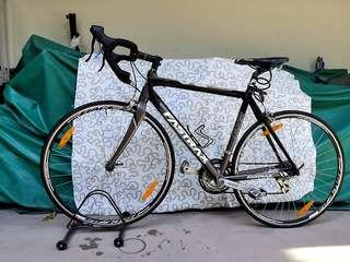 Famous Taiwan FASTRAX R6 roadbike, size 52