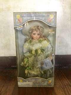 Limited Edition Samantha Porcelain Doll Series 2005