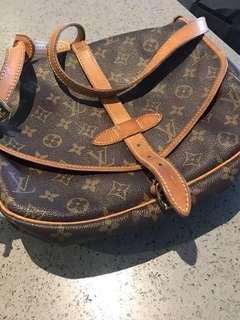 Authentic Louis Vuitton Saumur 30
