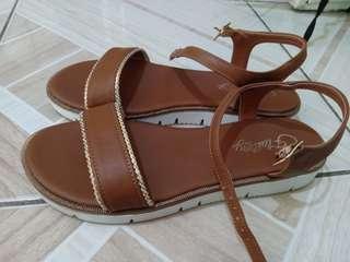 CLN Flattery Sandals
