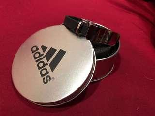 🚚 adidas 手環,質感很好,買了戴不到,全新,特價售出