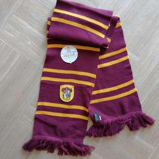 🚚 Harry Potter Gryffindor Knitted Scarf (Changi Airport)