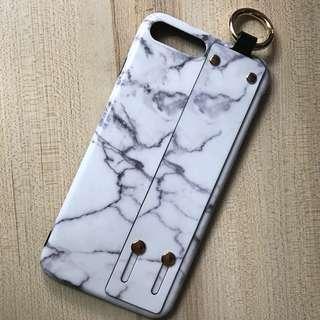 iPhone 7 Plus 5.5 吋掛繩電話套