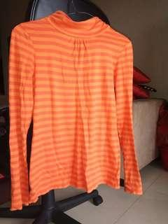 Turtle neck strip orange