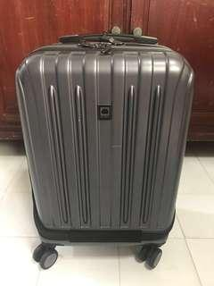 "Delsey Helium Titanium International 19"" Carry On Expandable Spinner Luggage (With Easy Access Front Pocket)"