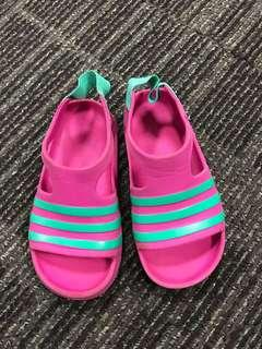 Preloved sendal anak Adidas size US 6K