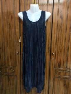 H&M pleated midi dress