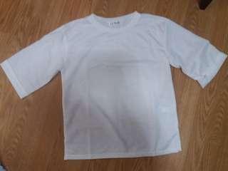 White plain tshirt