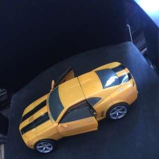 Loose Ultimate Bumblebee Car mode