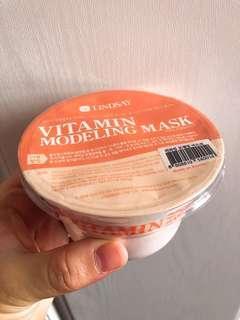 Lindsay Vitamin Modeling Mask