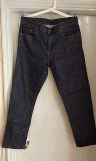 Uniqlo 中腰 slim boyfriend jeans