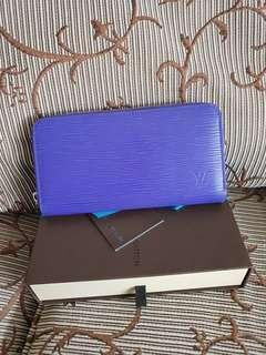 Auth louis vuitton lv epi purple zippy wallet