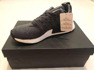 🚚 SALE Adidas NMD R2 Charcoal