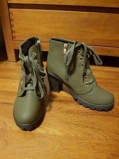 Women's Boots with Heels