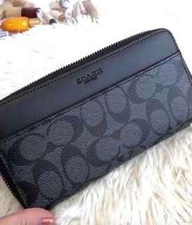 Authentic coach zipped wallet