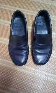 Knight loafers