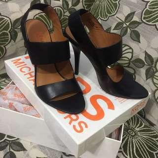 MICHAEL KORS (Authentic) ROYAL black leather heels