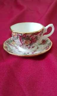 Royal Albert 'Pink Chintz' Miniature