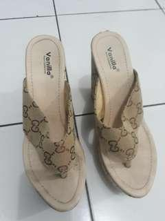 Wedges chanel